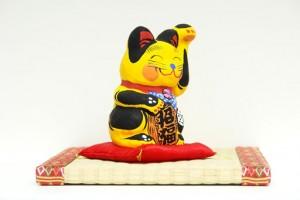 張子の招き猫 黄色い猫