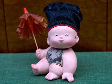 御所人形 やっと雨が止んだ 【吉...