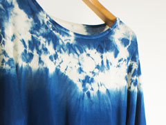 天然灰汁発酵建て藍染め